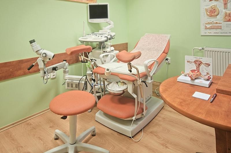 Комплексное оснащение кабинета гинеколога: кресло-стул-кушетка-стол
