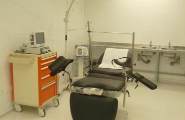 Операционный стол для гинекологии на базе GOLEM 4S