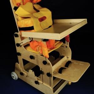 ARIS - стулья для детей-инвалидов